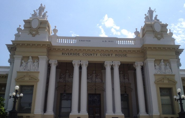 image of court house building | image for Riverside Estate Planning Attorney section
